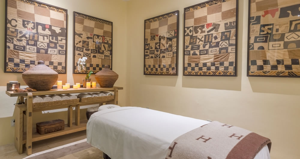 Massage bed at Casa Aramara Punta de Mita SPA